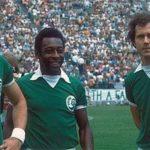 Pelè, Chinaglia e Beckenbauer contro la Lazio (1977)