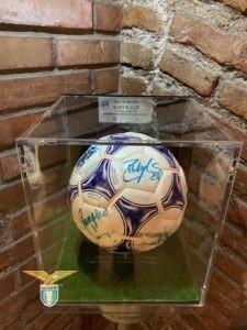 Pallone Finale Supercoppa Europea '99, MONACO