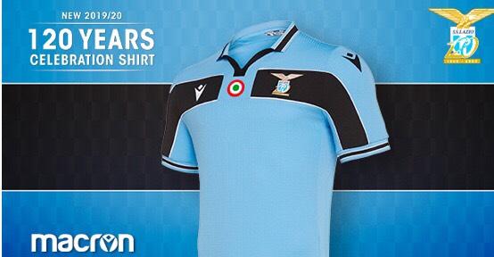 """La maglia dei """"120 anni"""" omaggia la Lazio di Mancini & Co."""